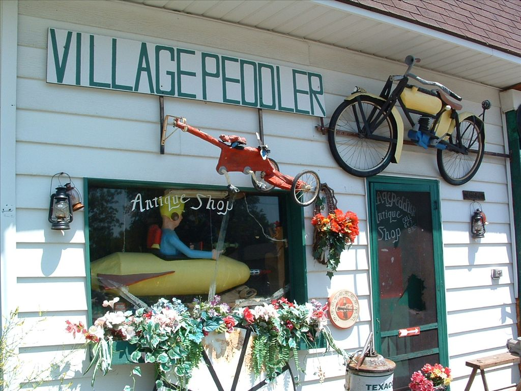 Edwardsburg Antique Shop